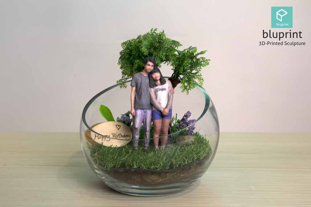 Bluprint 3D Figure Mini Couple With Terrarium Birthday