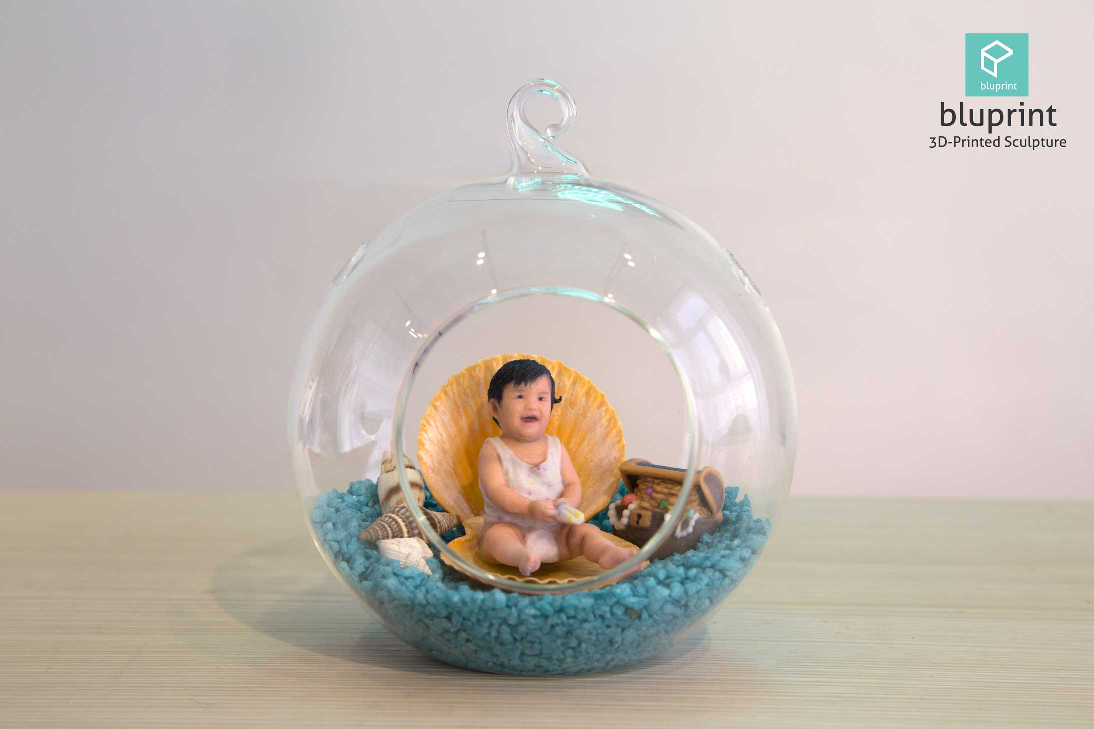 Bluprint 3D Figure Sculpture Hong Kong Baby Girl With Sea Terrarium