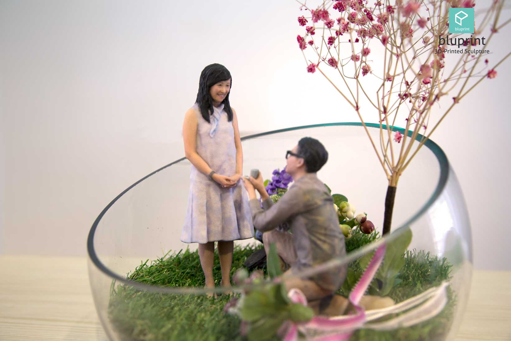 Bluprint 3D Figure Sculpture Hong Kong Couple Proposal Terrarium Girl