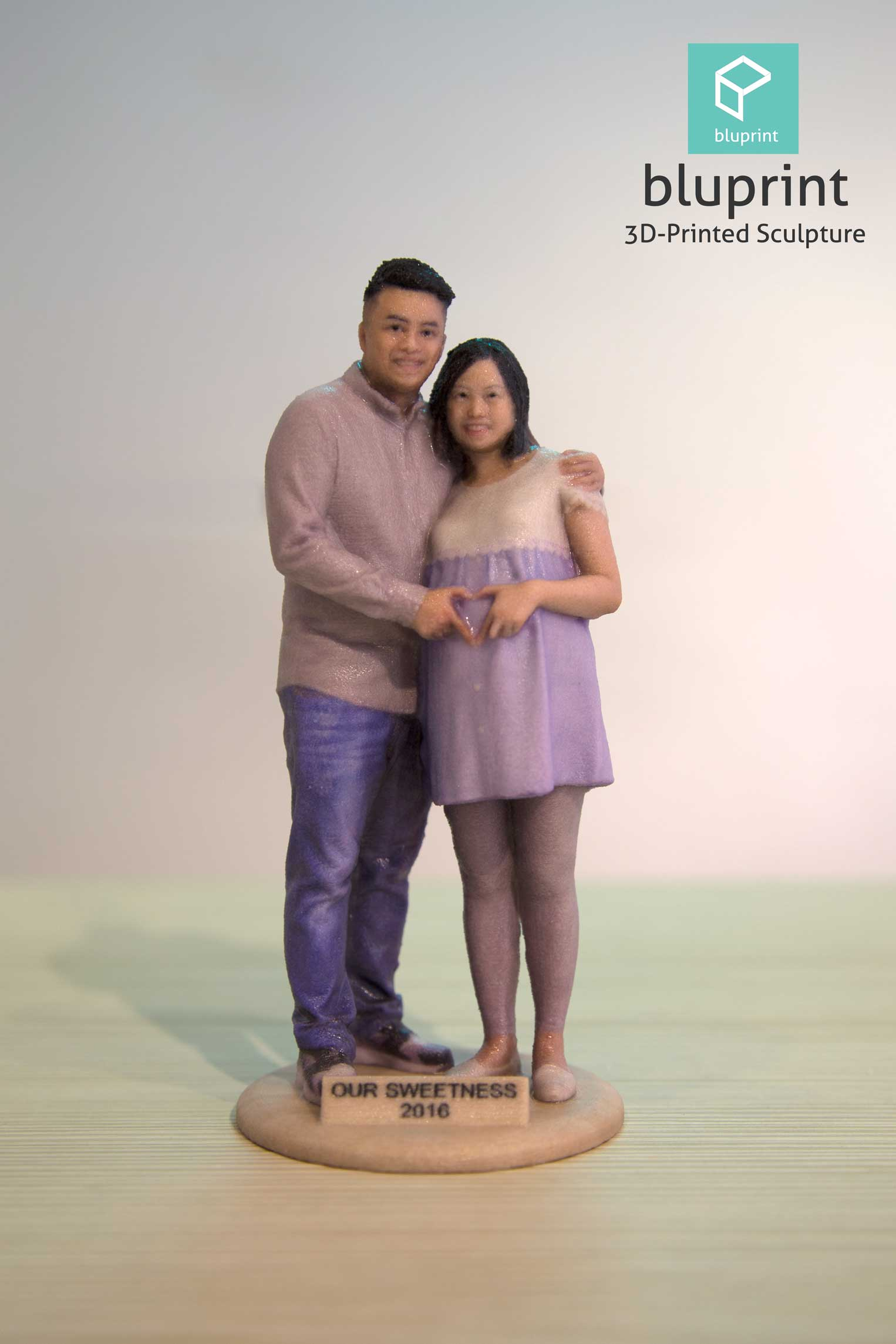 Bluprint 3D Printing Figure Sculpture Hong Kong Couple Pregnant Sweet Message